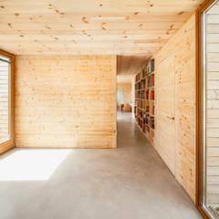 Casa GG Modern walls & floors by Alventosa Morell Arquitectes Modern