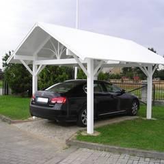 Altany i wiaty PCV: styl , w kategorii Garaż zaprojektowany przez Ogrodzenia PCV