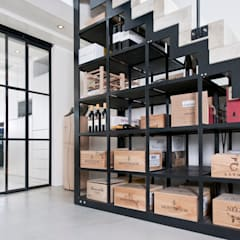 Wine cellar by Kodde Architecten bna,