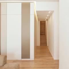 Dinding oleh Stefania Paradiso Architecture, Modern