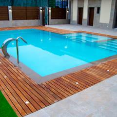 สระว่ายน้ำ โดย ZimmeR designer,