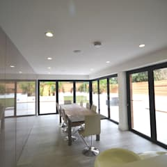 Clifton Road - Period Refurbishment:  Dining room by Nic  Antony Architects Ltd