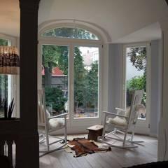 Wintergarten: landhausstil Wintergarten von Borkenhagen Interior&Design