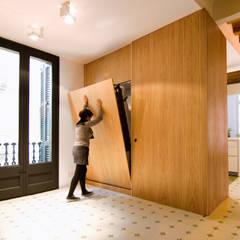 Casa AD - Barcelona: Dormitorios de estilo  de IF arquitectos