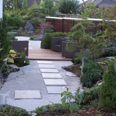 Garden by Kokeniwa Japanische Gartengestaltung,