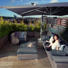 Tropical style balcony, porch & terrace by Dakterras.nl Tropical