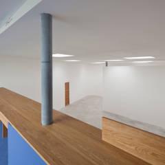Brüstung Empore:  Museen von quartier vier Architekten Landschaftsarchitekten