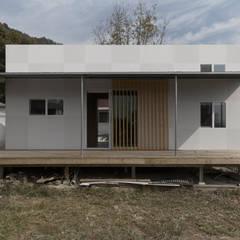 부여 작은집 / Buyeo Small House: lokaldesign의  주택,러스틱 (Rustic)