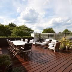 The roof terrace:  Terrace by Zodiac Design