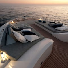 MCY _ 65: Yacht & Jet in stile  di  roberta mari