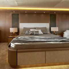 MCY _ 86: Yacht & Jet in stile  di  roberta mari