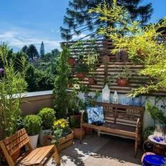 Garden by Blacher Arquitetura, Eclectic