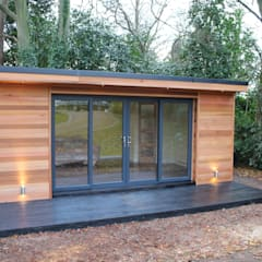 Study/office by Crusoe Garden Rooms Limited