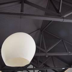Vilten lamp in de ruimte:  Evenementenlocaties door Vilt aan Zee