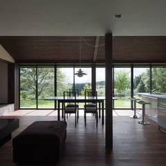 眺望の家 オリジナルデザインの リビング の ろく設計室 オリジナル