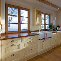 Cocinas de estilo  por Beinder Schreinerei & Wohndesign GmbH