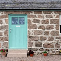 Old School Croft, Glen Dye, Banchory, Aberdeenhire:  Windows  by Roundhouse Architecture Ltd