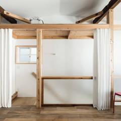 Re:Toyosaki: coil松村一輝建設計事務所が手掛けた廊下 & 玄関です。