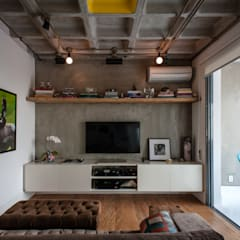 Media room by PM Arquitetura,