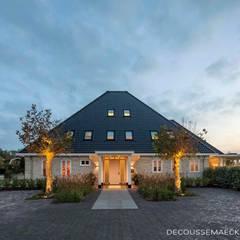 Stolpboerderij in Noord - Holland Landelijke huizen van Decoussemaecker Interieurs Landelijk