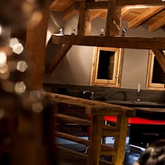 Chalet de Claude: vue cuisine: Cuisine de style de stile Rural par shep&kyles design
