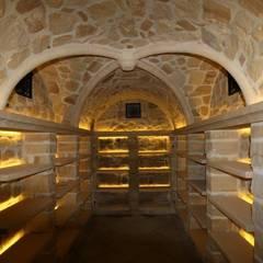 WeinkellerNeubau  als Kreusgewölbe: klassischer Weinkeller von Weinkellermanufaktur Welz