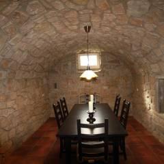 WeinkellerNeubau: kolonialer Weinkeller von Weinkellermanufaktur Welz