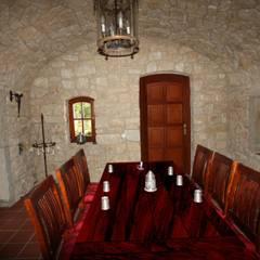WeinkellerNeubau: rustikaler Weinkeller von Weinkellermanufaktur Welz