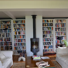library: country Living room by Tim Jasper