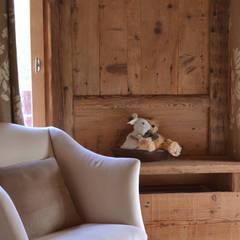 Bedroom by Andrea Rossini Architetto