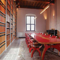 Medievale Rosso:  Kantoorgebouwen door Buro Bruno