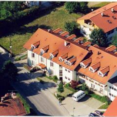 Pflegeheim Linde in Bad Endorf :  Krankenhäuser von Architekturbüro Rudolf Fürstner