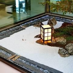 حديقة Zen تنفيذ Jardines Japoneses -- Estudio de Paisajismo , أسيوي
