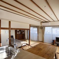 Projekty,  Jadalnia zaprojektowane przez 吉田裕一建築設計事務所