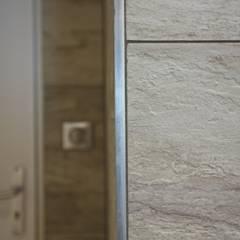 Salle de Bain Dupe: Salle de bains de style  par A3 Design