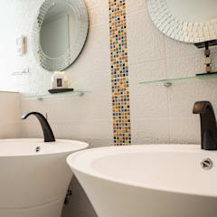 Salle de bain Maraval: Salle de bains de style  par A3 Design