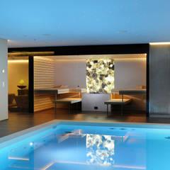 Spa de estilo  por Küng Sauna& Spa AG