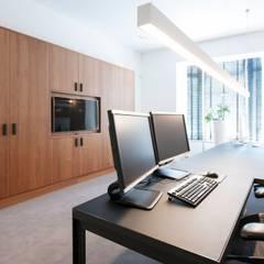 Rotam vastgoed:  Studeerkamer/kantoor door Mood Interieur,