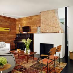 Living room by Hugh Jefferson Randolph Architects, Modern