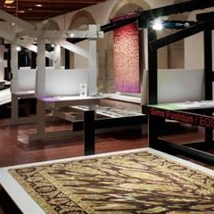 Exposición Tapetes: Museos de estilo  por lorenzo alvarez arquitectos