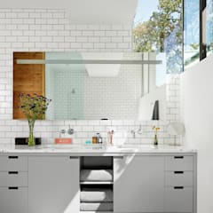 Bathroom by Hugh Jefferson Randolph Architects, Modern