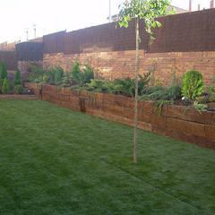 Garden by contacto36, Rustic