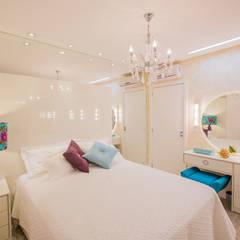Apartamento em Cascavel: Quartos  por Evviva Bertolini