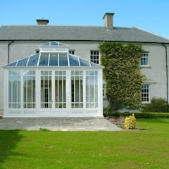 Conservatory by Hampton Windows,