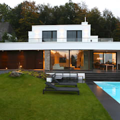 Villas by DG/D Architekten, Modern