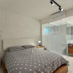 Bedroom by Johnny Thomsen Arquitetura e Design