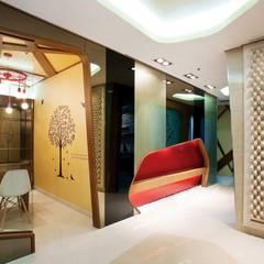 Seoul Prime Skin Clinic: (주)유이디자인의  병원,에클레틱 (Eclectic)