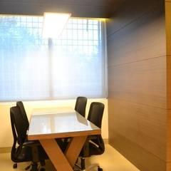 meeting area: modern  by mold design studio,Modern