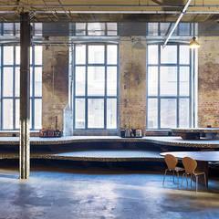 Loungebereich:  Museen von quartier vier Architekten Landschaftsarchitekten