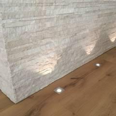 Walls by Archiluc's - Studio di Architettura Stefano Lucini Architetto
